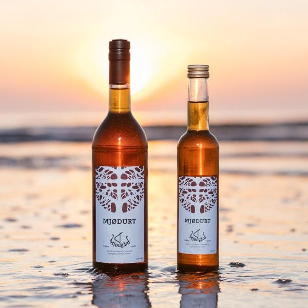 to flasker mjødurt fra mjødgård